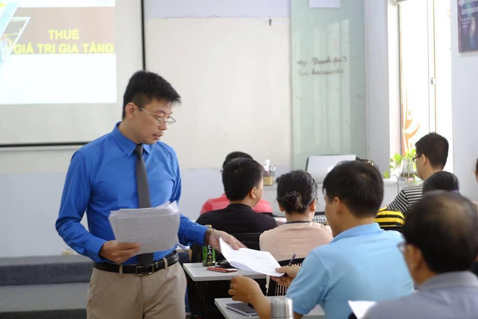 Cần chuẩn bị những gì khi đi thi đại lý thuế?