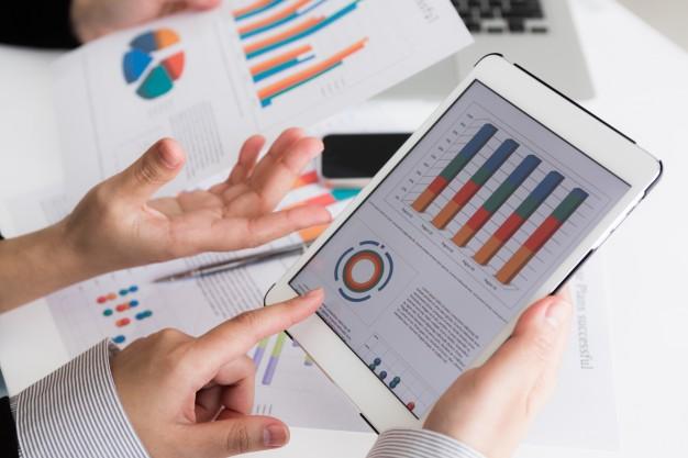 Công cụ so sánh báo cáo tài chính trong doanh nghiệp